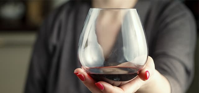 recovery-shutter369747443-woman-holding-wine-glass